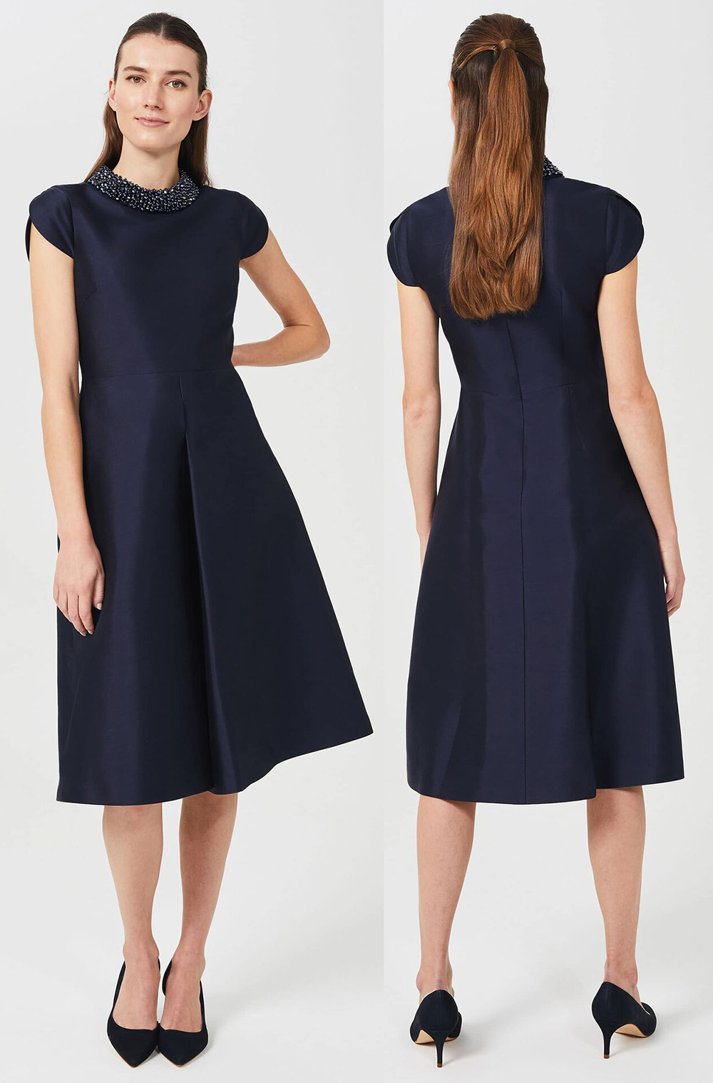 Mother of the Bride dress for Spring Wedding 2021. Navy Mother of the Bride Dress 2021. Navy Mother of the Groom Dress 2021. What to wear for a Wedding 2021. Navy Mother of the Bride outfit 2021. Spring Mother of the Bride outfits 2021. Mother of the Groom Dresses 2021.