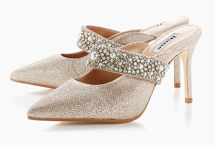 Dune Gold Mother of the Bride Shoes 2020. Shoes with Crystals and Pearls 2020. High Heel Shoes with Crystals. Shoes to wear to Spring Wedding 2021. Summer Wedding Mother of the Bride outfit ideas 2021. Mother of the Groom Outfits 2021. Gold fashion shoes 2020.