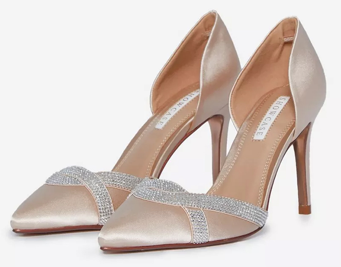 Blush Pink Mother of the Bride Shoes 2021. Blush shoes for Mother of the Bride 2021. Blush Pink Mother of the Bride Shoes 2021. Spring Mother of the Bride Outfits 2021, Mother of the Groom Outfits 2021. Crystal Shoes for Mother of the Bride 2021. Crystals Shoes for Mother of the Bride 2021. Spring Summer Wedding Mother of the Bride outfit ideas 2021.