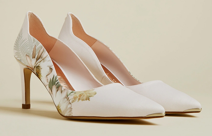 Floral Court Shoes 2021. Ted Baker Pale Pink Shoes 2021. Wedding Guest Outfits 2021. Summer Wedding Guest Outfits Ladies 2021. Summer Wedding Mother of the Bride outfits 2021. Ted Baker Erwiin Shoes. Floral Mother of the Bride Shoes 2021. Mother of the Bride Ideas 2021. Summer Mother of the Groom Outfits 2021. Mother of the Groom Shoes 2021.