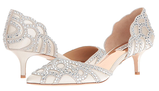 Badgley Mischka Bridal Shoes with Crystals. Ivory Bridal Shoes. Crystal Bridal Shoes. Shoes for a Spring wedding. Shoes for a Summer Wedding. Best Bridal Shoes. Designer Bridal Shoes.