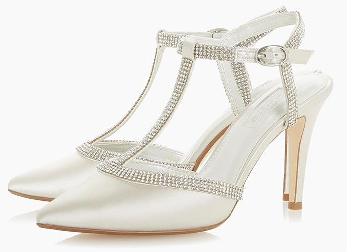 Medium Heel Bridal Shoes 2020. T Bar Crystal Bridal Shoes 2020. Ivory Bridal Shoes 2020. Closed Toe Bridal Shoes 2020. Satin Bridal Shoes 2020. Best Bridal Shoes for Autumn Weddings 2020.