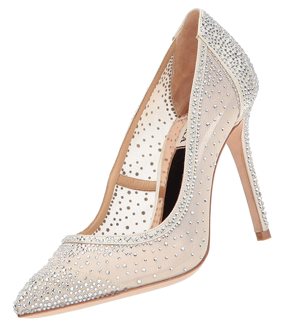 Ivory Crystal Bridal Shoes. Badgley Mischka Wedding Shoes. Badgley Mischka Bridal Shoes with Crystals 2020. High Heel Wedding Shoes. Bridal Shoes for an Autumn Wedding 2020. Shoes for a Summer Wedding. Ivory Wedding Shoes. Designer Bridal Shoes