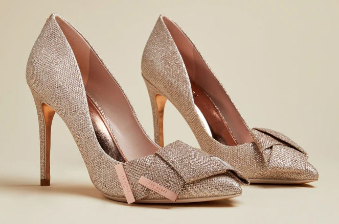 Ted Baker Rose Gold Shoes 2020. Rose Gold Bridesmaids Shoes 2020. High Heel Bridesmaids Shoes 2020. Rose Gold Bridesmaids Outfits 2020. Best Shoes for City wedding Bridesmaids 2020. Autumn Wedding Bridesmaids Outfits 2020. Autumn Wedding Bridesmaids Shoes 2020.