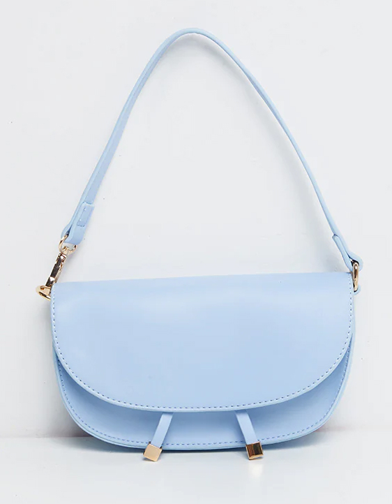 Cerulean Blue Handbang 2021. Light Blue Handbag 2021. Light Blue Mother of the Bride Handbag 2021. Outfits for Royal Ascot 2021. Light Blue Handbag for Wedding Guest. Cerulean Blue Fashion 2021. Cheap Light Blue Handbag to wear to a Summer wedding 2021. Light Blue Fashion Accessories. Pantone Cerulean Blue Fashion.