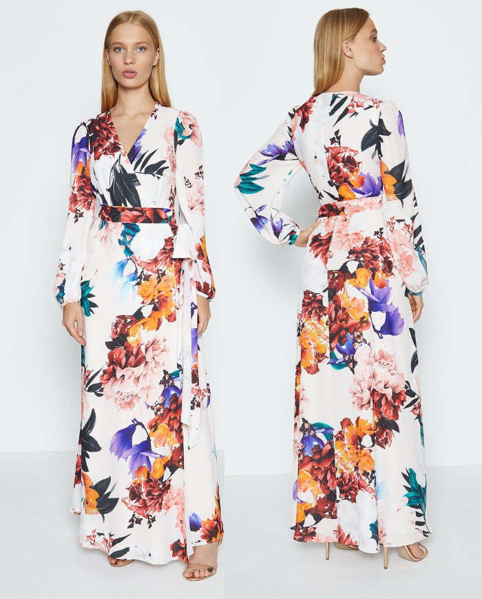 Fall Fashion 2020. Dress for an Autumn Wedding Guest 2020. What to wear to an Autumn Wedding. Floral Maxi dress 2020. Long Floral Dress 2020. Autumn Wedding outfit Ideas 2020. Dress in Autumn Colours 2020. Dress in Fall Colors 2020.