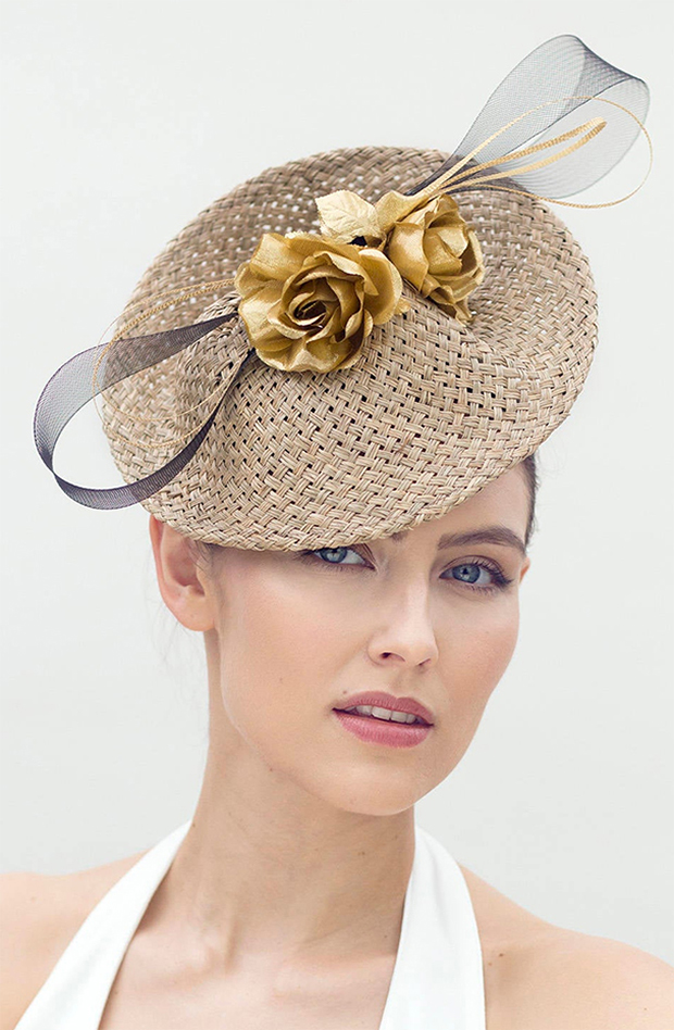 Gold Fascinator. Hat for Autumn Wedding Guest 2020. Autumn Mother of the Bride Hats 2020. What to wear for an Autumn Wedding 2020. Autumn Mother of the Bride Outfits