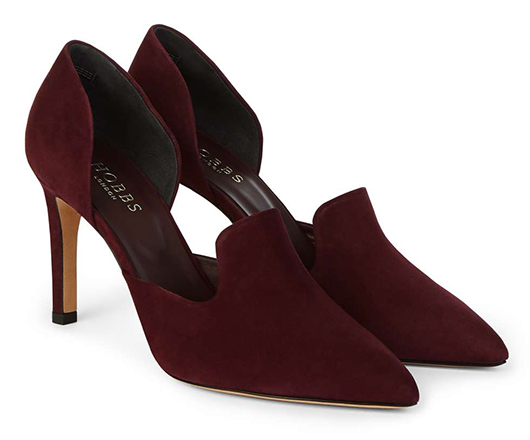 Autumn Winter Fashion 2020. Shoes for Winter Wedding 2020. Winter Mother of the Bride Outfits 2020. Shoes for Autumn Wedding Guests 2020. Burgundy Court Shoes 2020. Mother of the Groom Shoes 2020. Winter Fashion. Winter Wedding Ideas 2020.