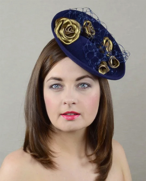Navy and Gold Felt Fascinator. Many Hats for Fall Weddings. What to wear to the Races in Winter. What to wear for a Fall Wedding. Autumn Mother of the Bride Hats
