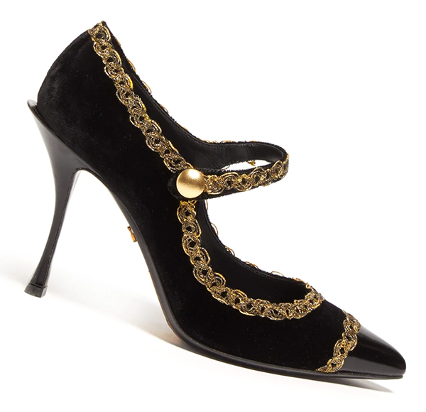 Dolce and Gabbana Mary Jane Shoes. What to wear for 1920s party UK. 1920s Fashion. What to wear for a Downton Abbey Party UK. What to wear for 1920s Theme Party. Shoes for a 1920s Party.