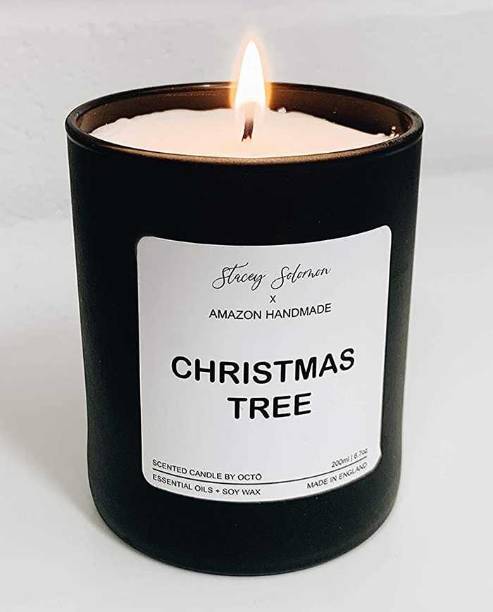 Scented Candles for winter 2020. Scented Candles for Winter lockdown 2020. Christmas Scented Candle 2020. Scented Candles for Christmas 2020. Christmas Tree scented Candle. Gifts for the Home 2020. Best Scented candles Gifts 2020. Christmas Gift ideas for the Home 2020. Scented Gift Ideas for Mum 2020.