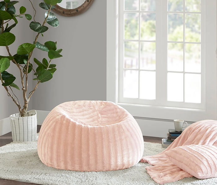 Teenage Girl Gift Ideas. Christmas Gifts for Her USA, Christmas Gifts for Teens USA 2019. Faux Fur Gifts. Blush Pink Beanbag. Christmas Gift Ideas 2019. Gift for New Home Owner 202. Home Decor ideas 2019. Soft furnishings. Best Beanbags 2020. Best Gifts for Teenage Girls USA. Best Black Friday 2019 Sales USA.