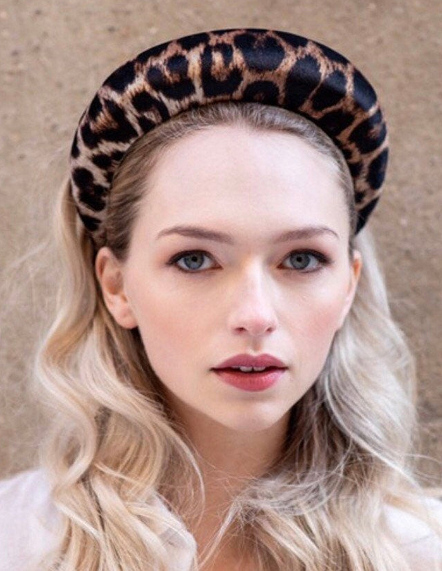 Wide Padded Headbands. Leopard Print Headband. Fall Fashion Trends 2020. Autumn Fashion Trends 2020. Ideas for Padded Headbands. Best Padded Headbands