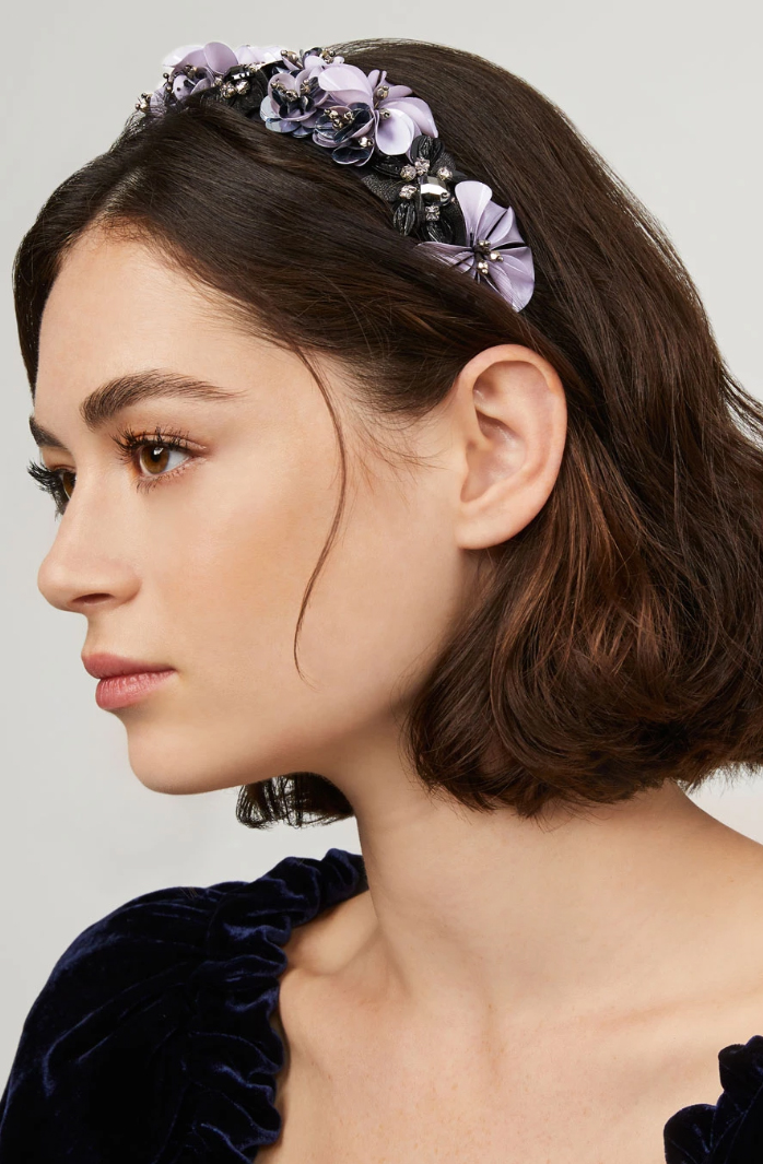 Floral Embellished Headband. Mignonne Gavigan Headbands. Floral Crystal Headband. Best Floral embellished Headbands 2020. Luxury Embellished Headbands. Best Embellished Headbands. Oversize headbands trend 2020. Spring Summer Fashion Trends 2020. Gift Ideas Christmas 2020.