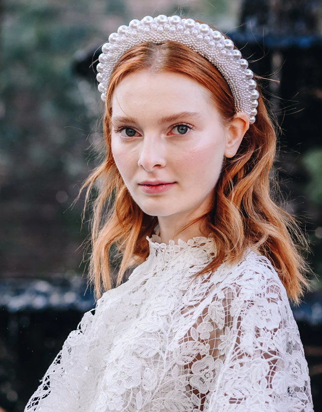 Bridal Pearl Embellished Headband. Mignonne Gavigan Headbands. Pearl Padded Headband. Best padded embellished Headbands 2020. Bridal Embellished Headbands. Best Bridal Headbands 2020. Oversize headbands trend 2020. Spring Summer Fashion Trends 2020. Wedding Hair Ideas Spring 2020.