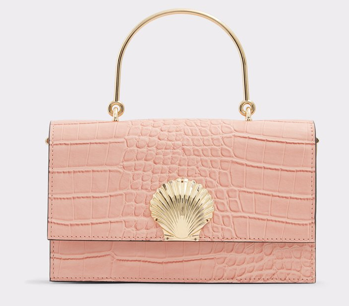 Pink Fashion outfits 2020. Baby Pink Clutch Bag 2020. Pink Mother of the Bride outfits 2020. Pink Mother of the Bride Clutch Bag 2020. Mother of the Bride Outfit Ideas 2020. Pretty Mother of the Bride Bags 2020. Rose Quartz Pink Handbag 2020.