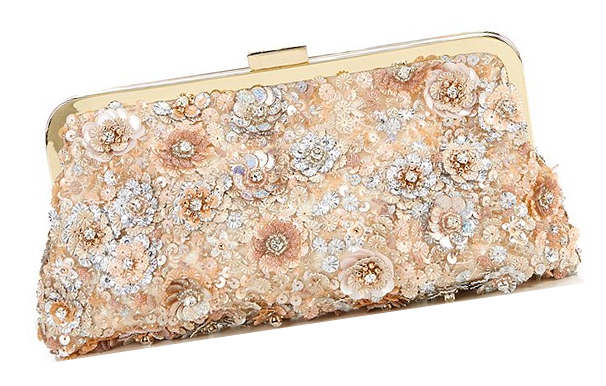 Champagne Clutch Bags for Weddings 2020. Wedding Guest Outfits. What to wear to an Autumn Wedding 2020. Champagne Mother of the Bride Outfits 2020. Champagne Mother of the Bride Bags 2020. Sequin Embellished Mother of the Bride Clutch Bag 2020. Medium Priced Clutch Bags 2020.