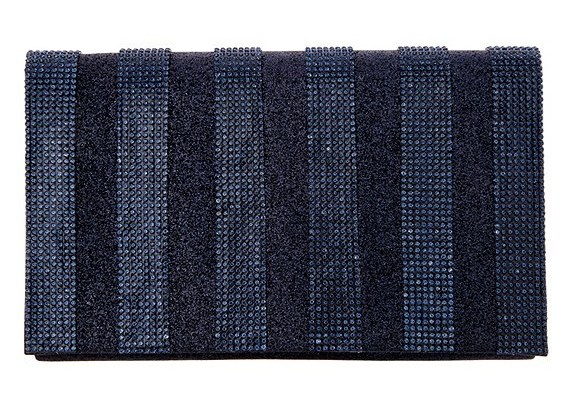 Winter Clutch Bags 2020. Navy Blue Mother of the Bride Clutch Bag 2020. Navy Bags with Crystals 2020. Winter Wedding Clutch Bags 2020. Mother of the Bride Outfits 2020. Mother of the Bride Bags USA 2020. What to wear to a Winter wedding 2020. Ideas for a winter wedding Mother of the Bride 2020.