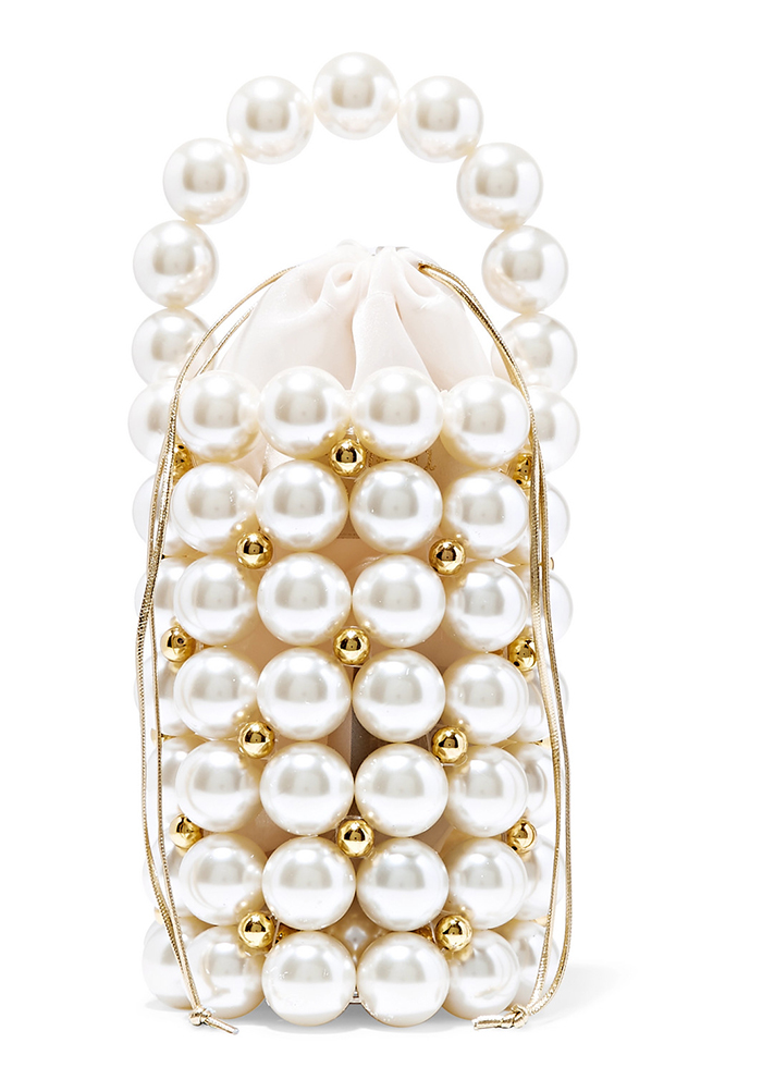 Big Pearls Clutch Bag. Vanina Mother of the Bride bags. Best Mother of the Bride bags 2020. Pearl Clutch Bag. Clutch Bag for Summer Weddings 2020. Bags for a winter Wedding Guest. Winter Wedding Mother of the Bride Clutch Bag.