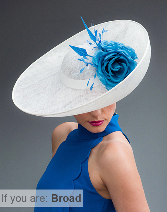 Hats to wear if you are Broad. Mother of the bride hats for Oversize. Find the right hat for your body size. Mother of the Bride hats for oversize Mums