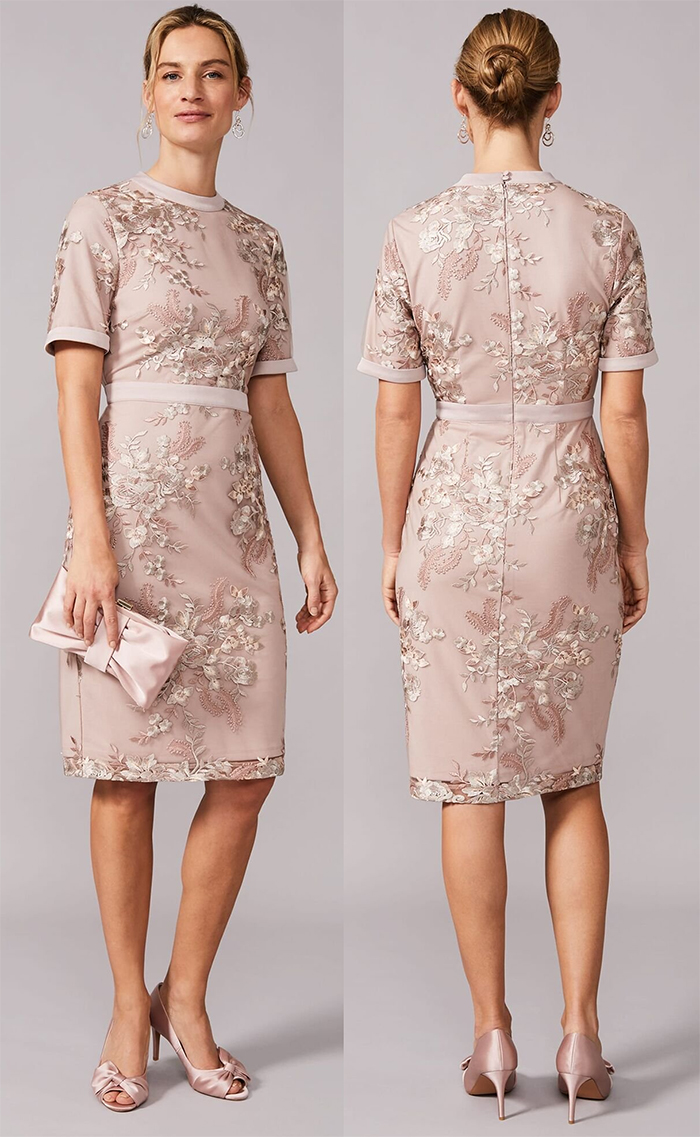 Mother of the Bride dress for Spring Wedding 2021. Phase Eight Lace Dress 2021. Dress for Spring wedding Guest 2021. What to wear for a spring wedding. Phase Eight Evena Dress. Spring Mother of the Bride outfits. Mother of the Groom Dresses 2021.