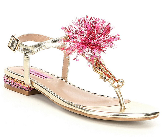 Gold Sandals. Pom Pom Sandals. Beach Holiday outfits. Summer holiday shoes. Pom Pom Shoes for Summer.