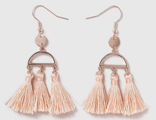Blush Pink Peach Tassel Earrings. Tassel Earrings for Spring Wedding. Mother of the Bride Outfits. What to wear with a Peach Dress. Peach Earrings. Spring Wedding Guest outfits. Tassel Earrings for Spring Wedding