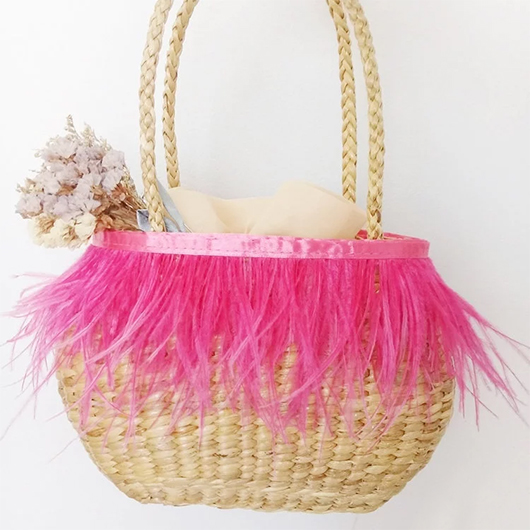 Feather Tassels Summer Bags. Tassel Straw Bags. Straw Beach Bags. Accessories with Feathers. Boho Straw Bags. Cheap Beach Bags. Tassel trim Beach Bags. Bags for Summer Holidays