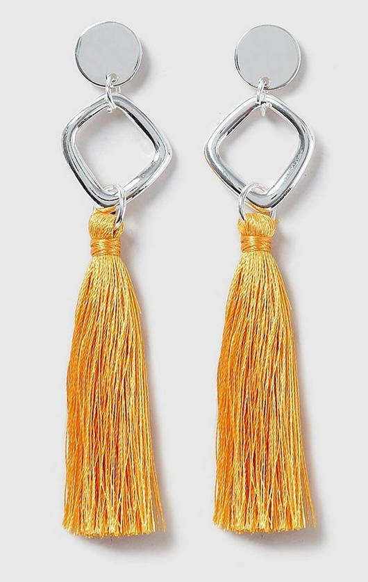 Yellow Tassel Earrings. Yellow outfits ideas. How to wear yellow. What to wear with a yellow Dress. Yellow fashion accessories. Winter Wedding Guest outfits. Earrings for Winter Wedding