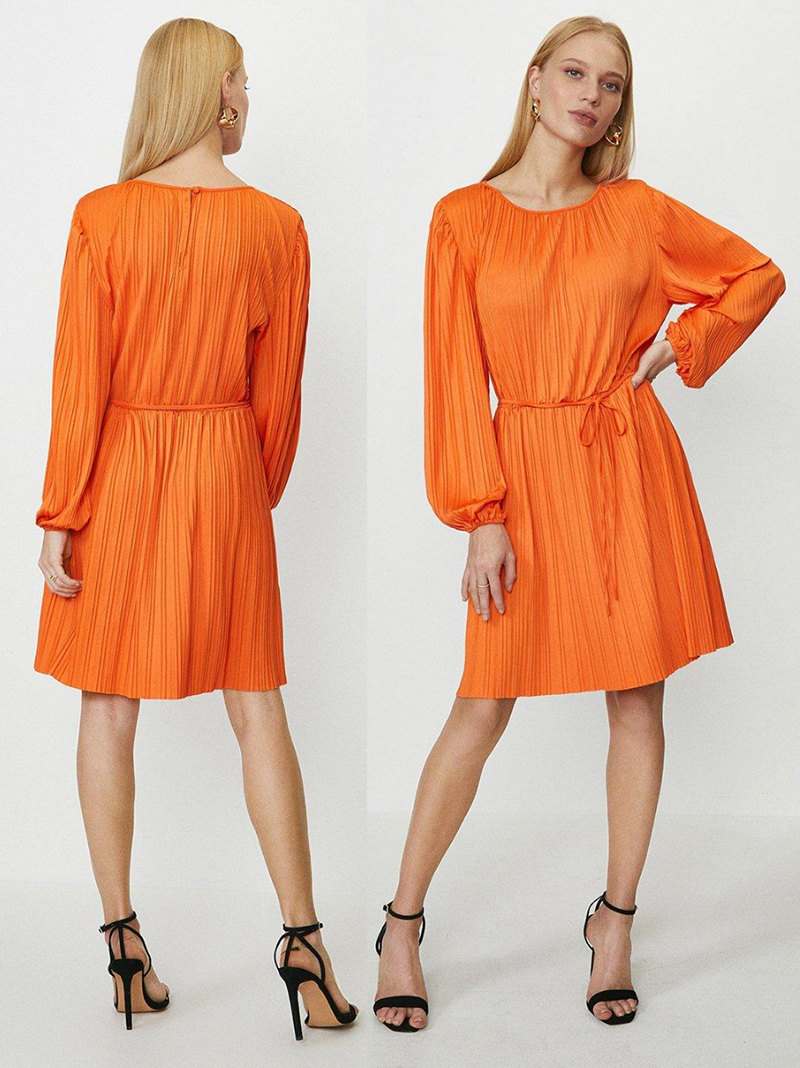 Jaffa Orange Pleated Dress 2021. Orange outfit ideas 2021. How to wear Bright Orange 2021. Orange dress for a Summer wedding 2021. How to wear Orange outfits 2021. Summer wedding Guest outfit ideas 2021. Orange Dress for the Races 2021. Orange Pleated dress for Royal Ascot 2021. Orange Dress for Spring Wedding Guest 2021.