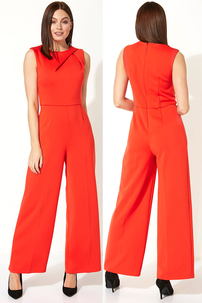 Orange Jumpsuit for an Autumn Wedding 2021. Autumn Winter Fashion 2021, What to wear to an Autumn wedding 2021. What to wear for an Autumn Wedding 2021. Autumn Wedding Guest Outfits 2021. Burnt Orange Jumpsuit 2021. Orange Jumpsuits for Autumn 2021.