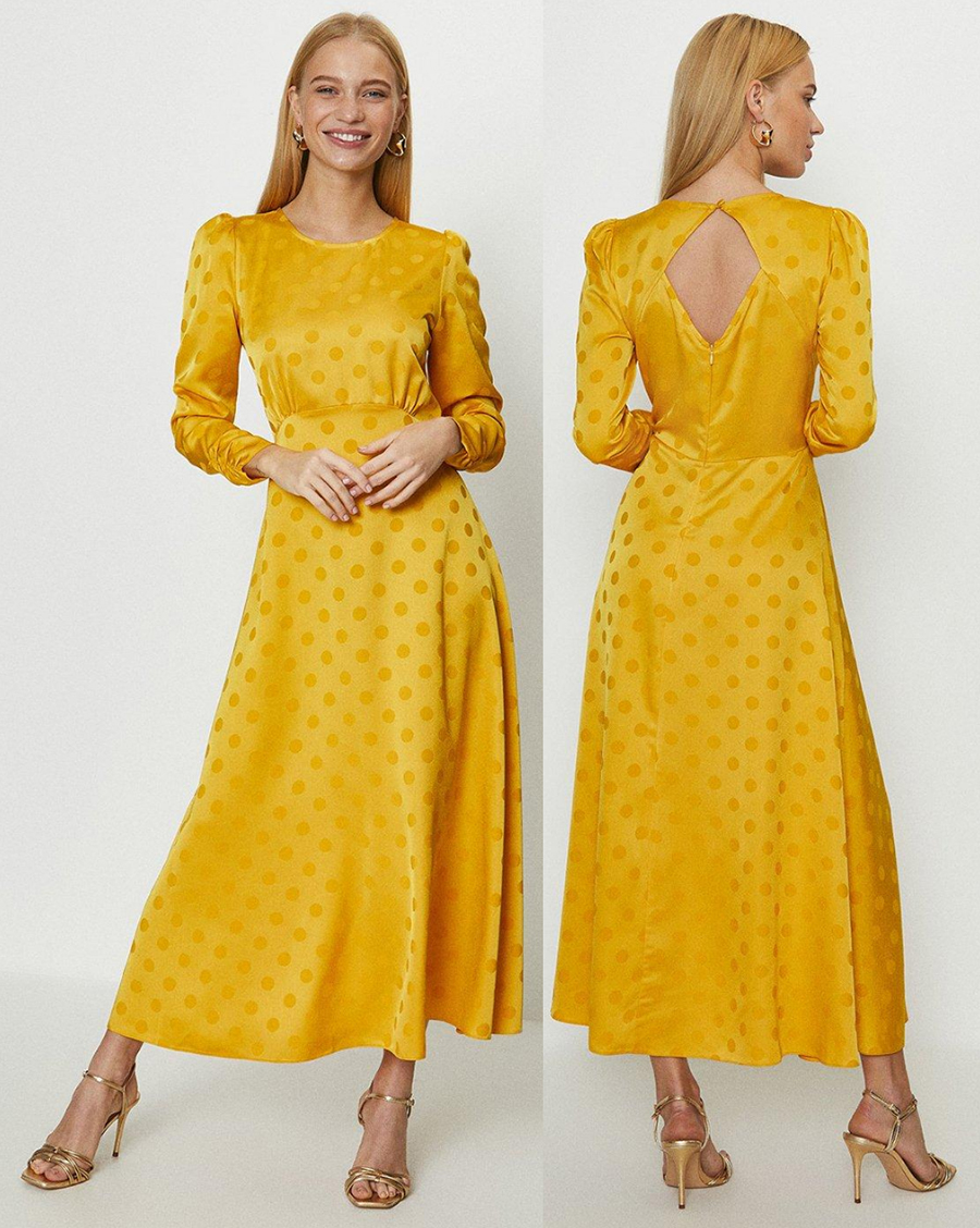 Coast Yellow Polka Dot Dress 2021. Yellow Maxi Dress 2021. What to wear for Royal Ascot Races 2021. Outfits for Royal Ascot 2021. Royal Ascot Fashion ideas 2021. Coast Yellow Dress 2021. Spring Summer Fashion 2021. How to wear Yellow 2021. Yellow Outfit inspiration 2021.