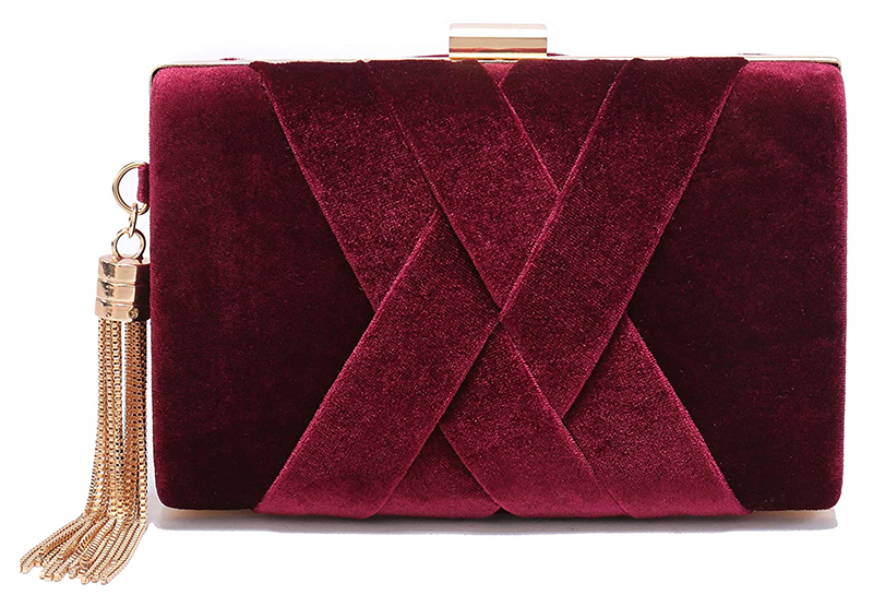 Burgundy Velvet Mother of the Bride Clutch Bag 2020. Winter Wedding Guest Clutch Bags 2020. Winter Fashion 2020. Velvet wedding accessories 2020. What to wear to a Winter Wedding 2020. Winter Mother of the Bride Outfits 2020.