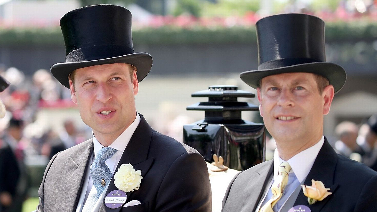 Prince William at Ascot. Mens Top Hats. Prince William attending Ascot 2017.