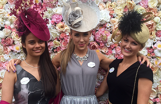 What to wear for Royal Ascot. Outfits for Royal Ascot